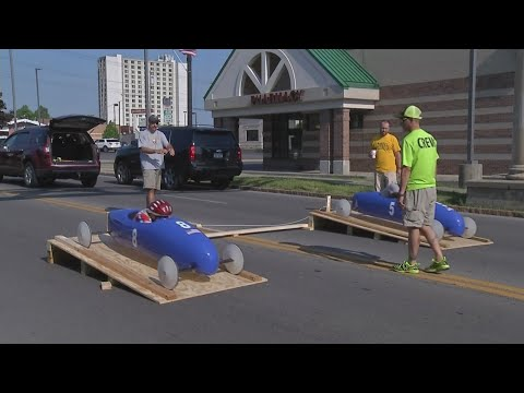 Niagara Falls students commemorate Memorial Day with soap box derby