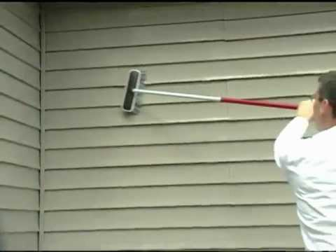 Do-it-Yourself :  Cleaning Vinyl Siding