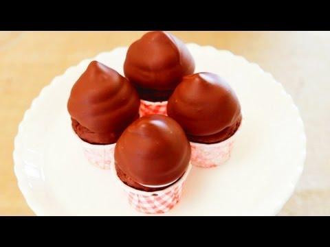 How to Make Hi-Hat Cupcake Frosting- Mini Baker Episode 8