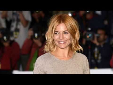 How To Get Strawberry Blonde Hair At Home