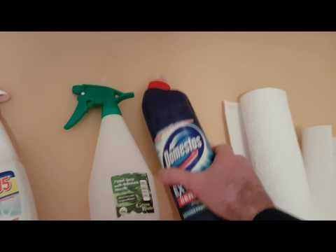 Remove Mould and Mildew from Shower & Bathroom with Bleach