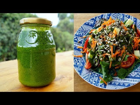 5 minute delicious, detoxifying salad dressing