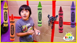 Ryan Pretend Play Giant Box Fort Maze and Learn Colors with Crayons