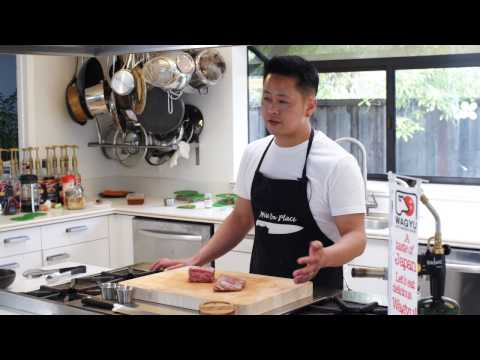 How to cook a Japanese Wagyu steak - Torching