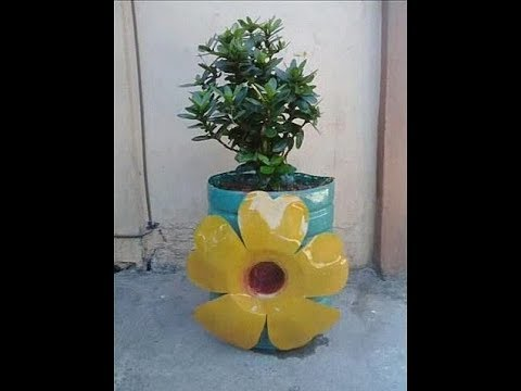 DIY# 4 BEAUTIFUL POT with FLOWER DESIGN from PLASTIC BOTTLE