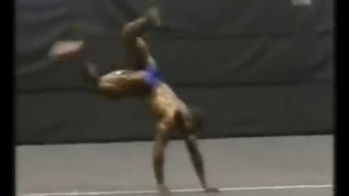 Young Kai Greene Pulls Off Coolest Posing Move Ever?