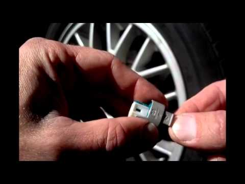 BMW Temperature Sensor Replacement Repair, Due To Temperature Sensor Reading -44 or 122 Degrees
