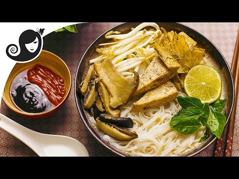 Vegan Pho [Phở Chay] - Vietnamese Noodle Soup | Collab with The Kale Sandwich Show