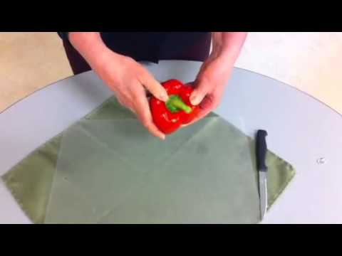 How to cut a red pepper to make stuffed peppers