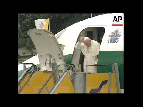 AUSTRIA: POPE JOHN PAUL II ARRIVES IN SALZBURG