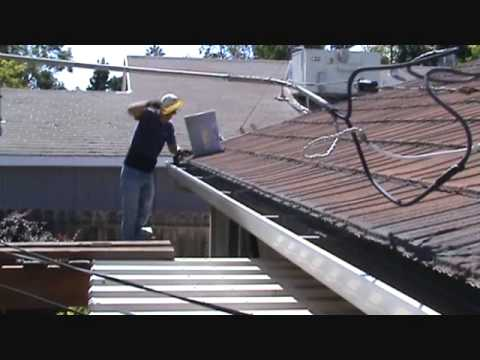 How to clean out a gutter