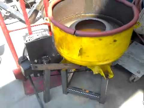 Homemade waste vegetable oil centrifuge out of torque converter
