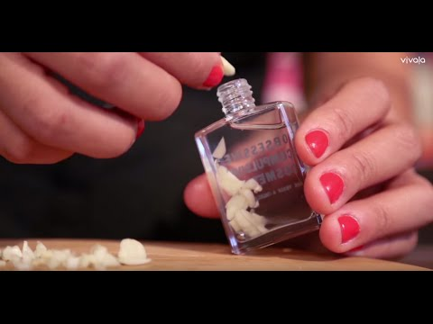Strengthen your nails with this DIY garlic polish