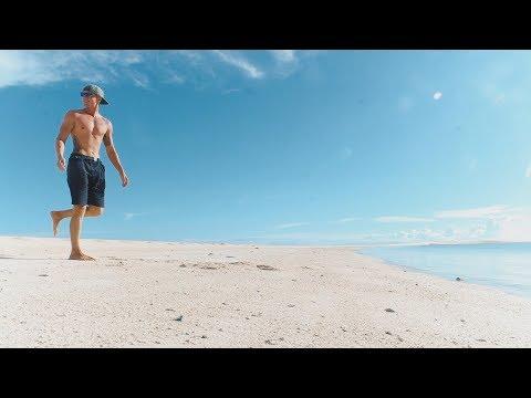 MELTING SOFT WHITE SAND ISLAND // Camiguin Philippines