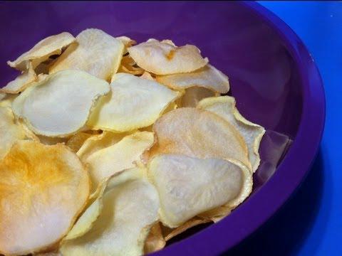 HOW TO MAKE OVEN BAKED POTATO CHIPS - Salt n Vinegar