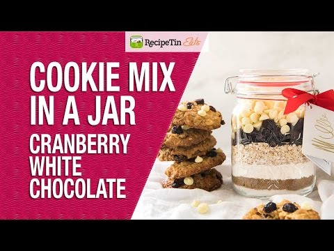 Christmas Cookie Mix in a Jar - Cranberry White Chocolate