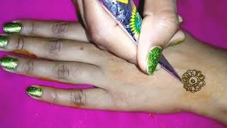Very Simple And Easy Back Hand Arabic Mehndi Design
