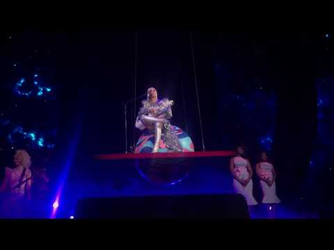 Katy Perry Wide Awake/Thinking Of You + Talking To The Audience - Witness The Tour New Orleans Jan 5