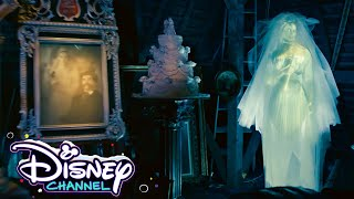 Dinner for Boo | Disney Holiday Magic Quest with ZOMBIES 2 Cast | Disney Channel