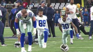 Dallas Cowboys warm up before game against Green Bay