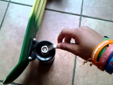 How to tighten your penny board wheels