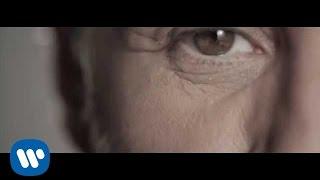 Nek - La mitad de nada ft Sergio Dalma (Official Video)