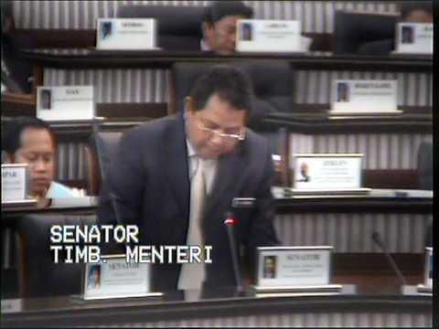 Jeff Ooi query Minister on SME Credit Bureau