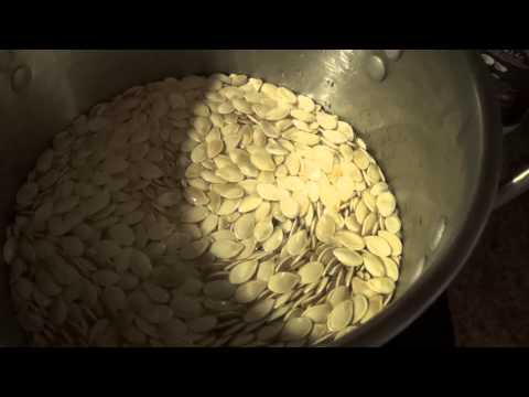 How i make salted pumpkin seeds for snacks.