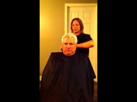 Man's 90 degree haircut