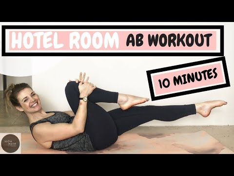 QUICK HOTEL ROOM AB WORKOUT - so you feel great on the beach!