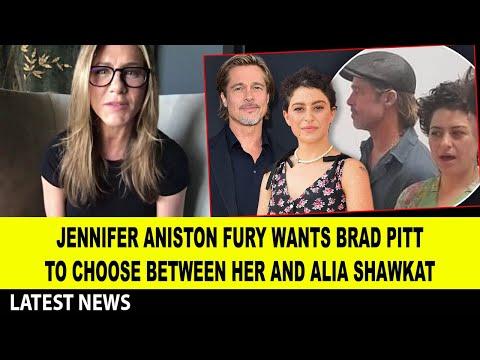 Jennifer Aniston FURY wants Brad Pitt to choose between her and Alia Shawkat