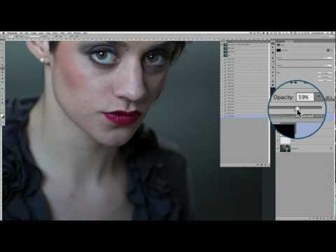 How to Enhance Lip Shape and Color in Photoshop