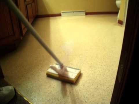 Cleaning Vinyl Floors - Why Your Vinyl No Longer Shines
