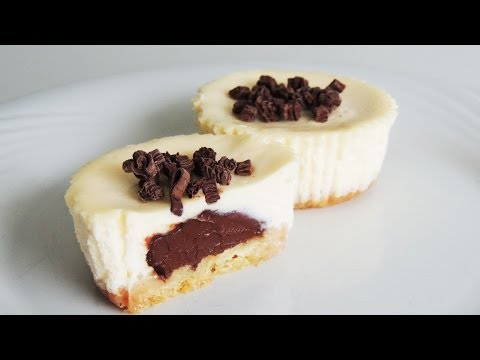Nutella Surprise Cheesecakes : easy mini cheesecake recipe