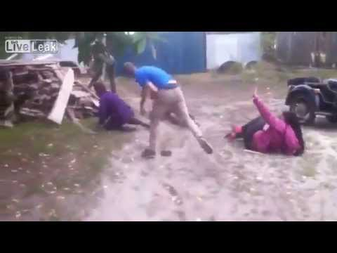 1 vs. 4 - Crazy fight with 2 knockouts, 2 girls, 3 guys and flying wood.