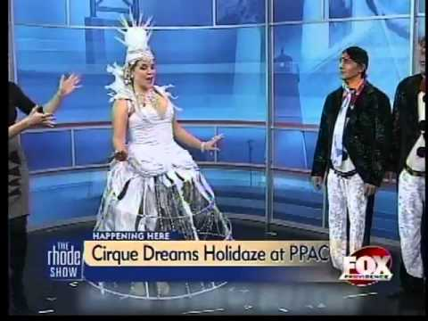 Happening Here : Cirque Dreams Holidaze