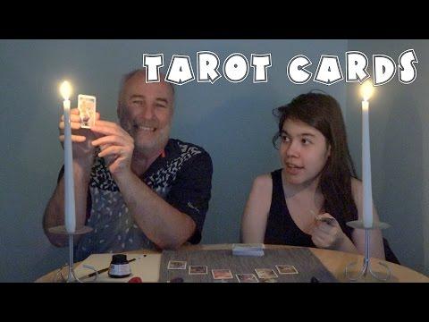 Tarot Card Reading- Roxanna gives it a try | RainyDayDreamers 4k CC