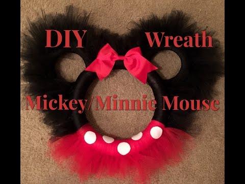 DIY Mickey Mouse Wreath