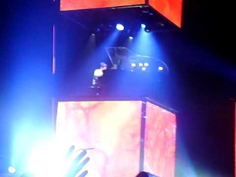 Muse o2 Arena Dublin November 2009 - Feeling Good