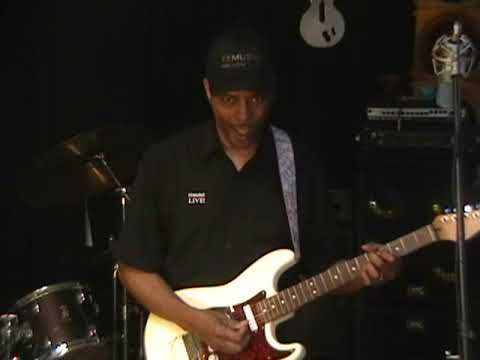 Kool And The Gang PNEUMONIA  Wah Guitar Cover Solo Eric Blackmon 2013 Funky Friday R&B
