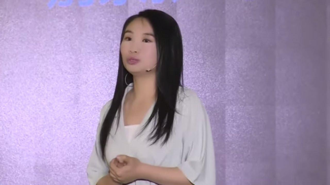 想想你的人生就能笑出声儿 Thinking in a funny way   Xiao Lu   TEDxHaidian