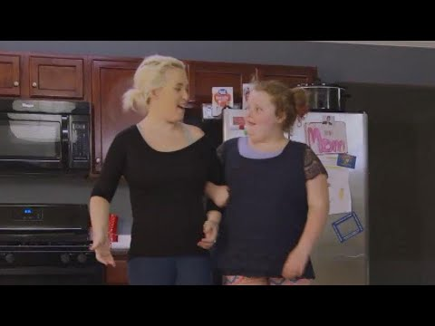 Honey Boo Boo Hilariously Teaches Mama June to Walk in Heels on 'From Not to Hot' (Exclusive)