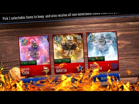 EVERY NEW YEARS PRESENT! 98 OVR PULL!! MADDEN MOBILE 18 PRESENTS OPENING!!