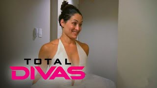 Total Divas | Nikki Bella Gets Sweet Bridal Shop Surprise | E!
