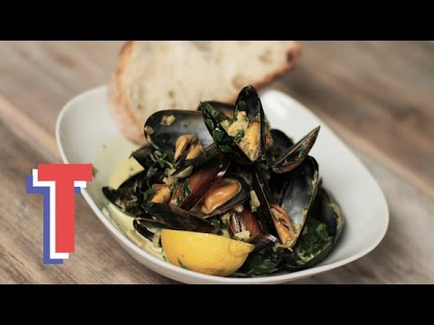 Moules Marinières With Crusty Bread | Feed My Friends 2