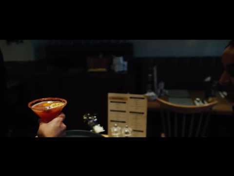 Middeys / Cosmopolitan Cocktail