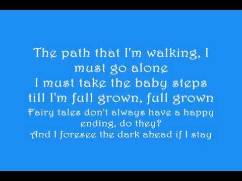 Fergie- Big Girls Dont Cry with lyrics