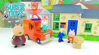 PEPPA PIG MADAME GAZZELLA PJ MASKS POSTINO PAT BEN E HOLLY -  Peppa Pig aspetta un pacco speciale!