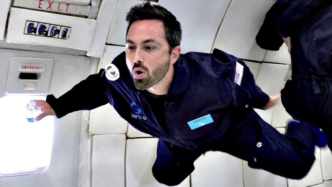 Drinking in ZERO-G! (and other challenges of a trip to Mars)