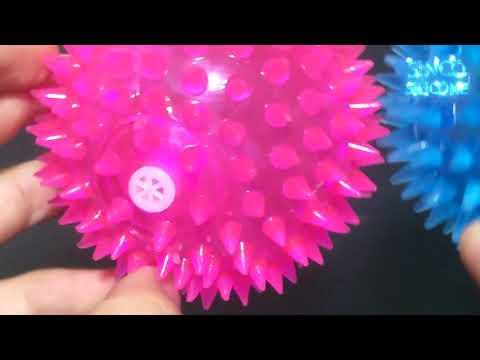 Light-Up Spinny Balls Dog / Cat LED Flashing Sensory Spike Blinking Toys